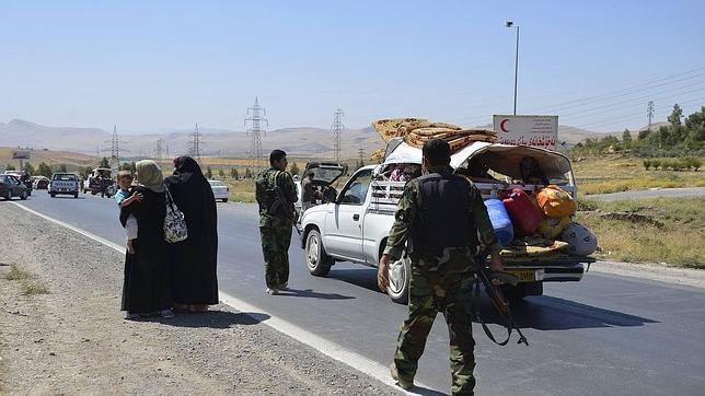Los yihadistas del EI capturan a más rehenes cristianos para usarlos como escudos