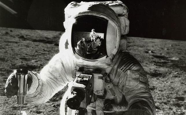 La NASA subasta fotografías inéditas y «vintage» de sus primeros viajes espaciales