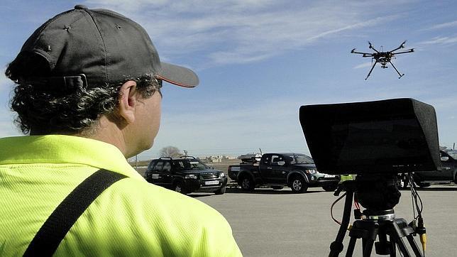 Imagen de uno de los drones que se emplean para fumigar en Valencia