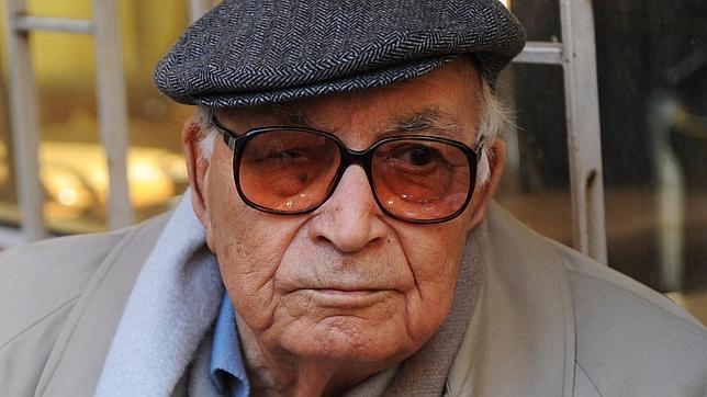 Yasar Kemal, en una imagen de febrero de 2011