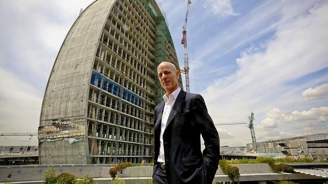 Jacques herzog el hombre est en el centro de la - Arquitectos en espana ...