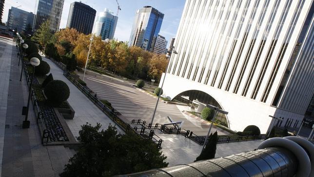 Fachada de Torre Picasso en Madrid