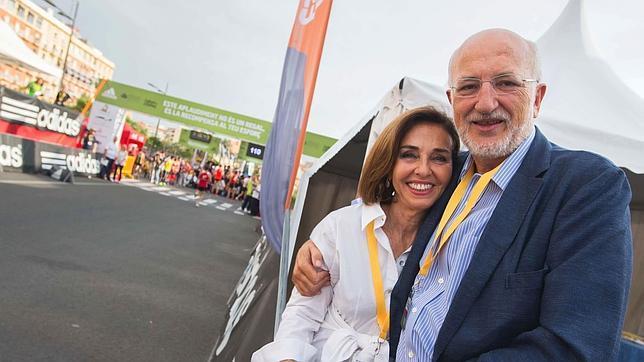 Hortensia Herrero junto a su marido, Juan Roig
