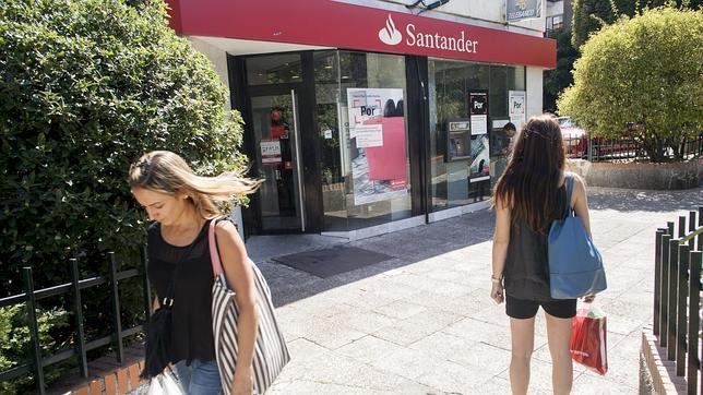 La socimi que gestiona oficinas del santander comenzar a for Oficinas banco santander salamanca