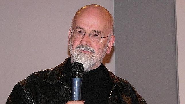 Terry Pratchett, durante la presentación de un libro en Milán, 2007