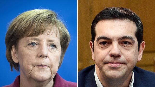 La canciller alemana, Angela Merkel, y el primer ministro griego, Alexis Tsipras.