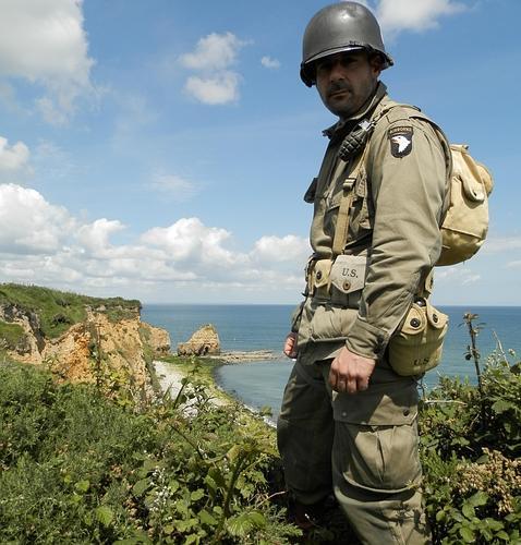 Así iban equipados los paracaidistas de la 101ª División Aerotransportada en el Desembarco de Normandía