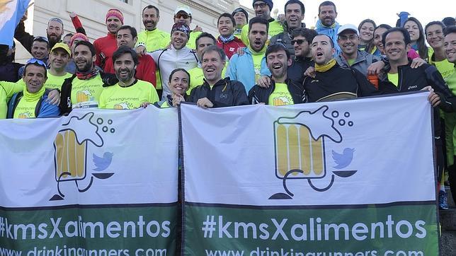 El grupo de corredores estuvo en el maratón de Barcelona