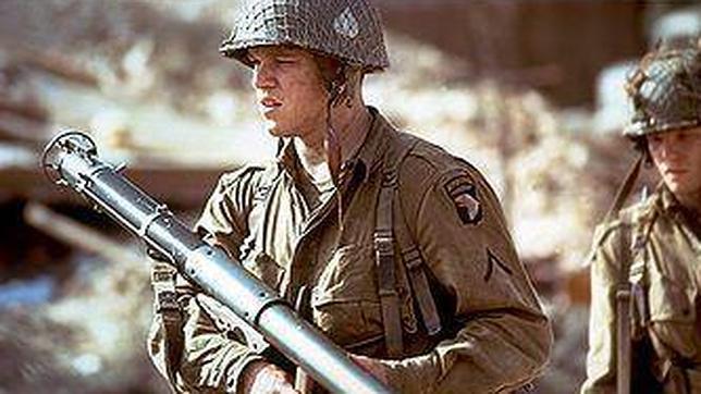 Soldado de la 101ª armado con un bazuca M1A1