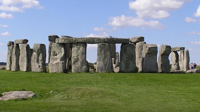 Las columnas de Stonehenge podrían sostener una plataforma para rezar al cielo