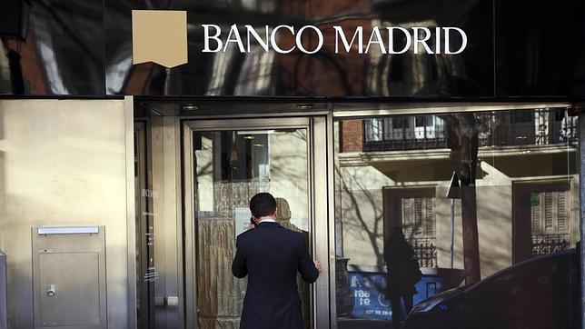 los clientes de banco madrid retiraron m s de 76 millones