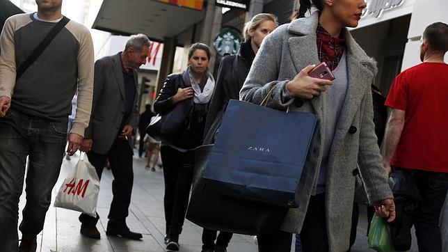 Inditex gan millones en 2014 un 5 m s que en el - Zara en cadiz ...