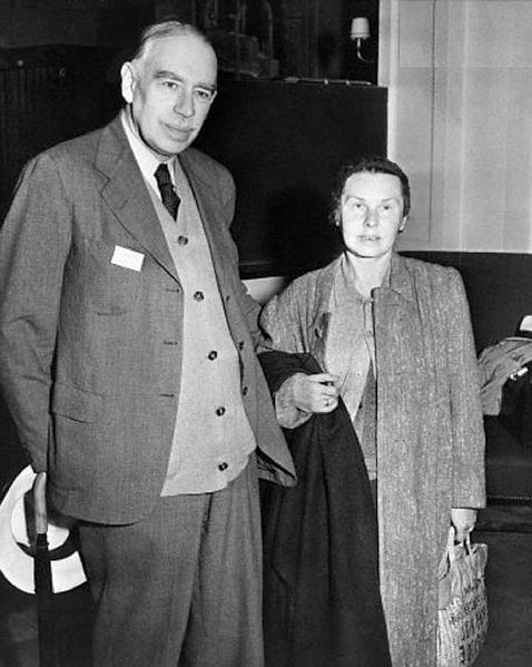 Keynes junto a su esposa, la bailarina rusa Lidia Lopkova