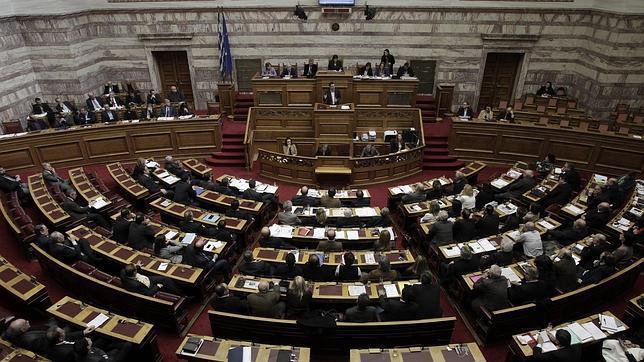 Alexis Tsipras habla en el parlamento griego