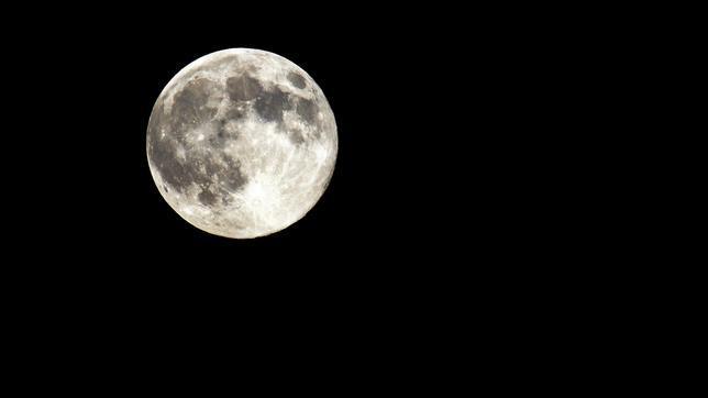 Una superluna celebrará la llegada del equinocio de primavera