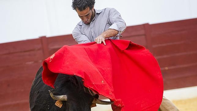 Sentido y torero ayuado, con el mentón hundido, de Iván Fandiño