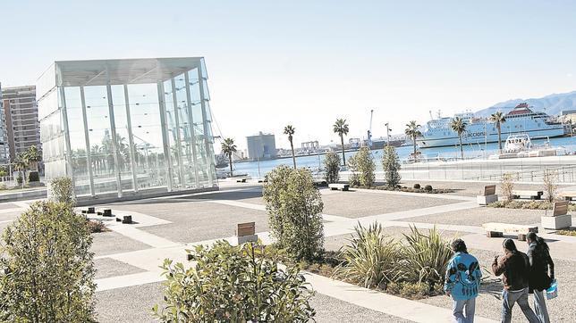 El Cubo, edificio que albergará el Centor Pompidou en el puerto de la ciudad
