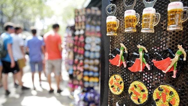 Souvenirs en las Ramblas de Barcelona