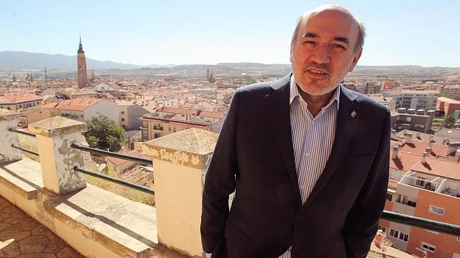 roberto caas ratifica como candidato alcalde