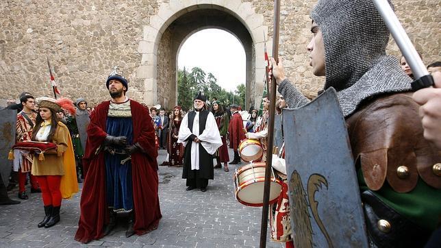 Recreación de la entrada de Carlos V por la Puerta de Bisagra