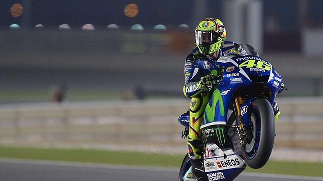 Rossi brilla en la noche qatarí
