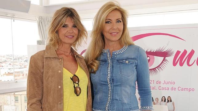 Norma Duval (derecha) con Arancha de Benito durante la presentación de su proyecto