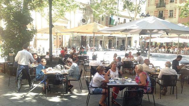 Diez restaurantes para disfrutar de la primavera en barcelona - Restaurante l ostia ...