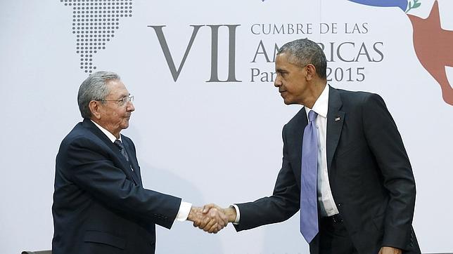 Castro y Obama se saludan este sábado