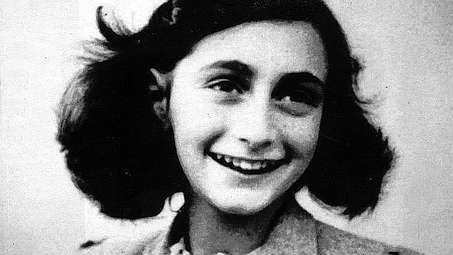 Retrato de Ana Frank antes de esconderse de los nazis