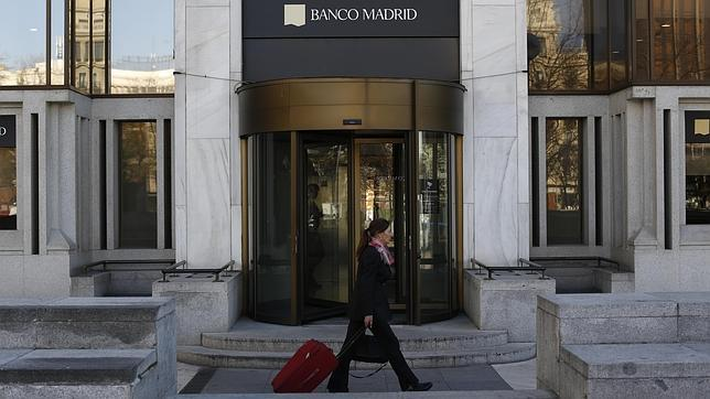 La patronal quiere acabar con el horario de 8 a 15 horas for Horario bancos madrid