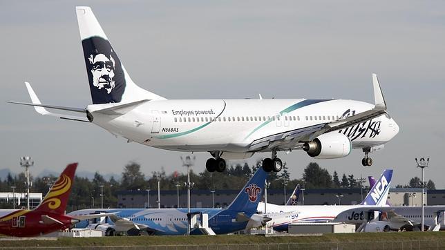 Un avión aterriza de emergencia en Seattle al quedarse dormido un operario dentro de la bodega de carga