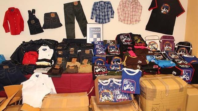 Incautadas 637 prendas falsas de Levi Strauss, Vespa y Ralph Lauren en Madrid
