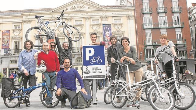 Nace una red de aparcamientos seguros para bicicletas en Madrid