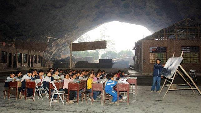 Resultado de imagen para Primaria Zhongdong, Ghizou en China