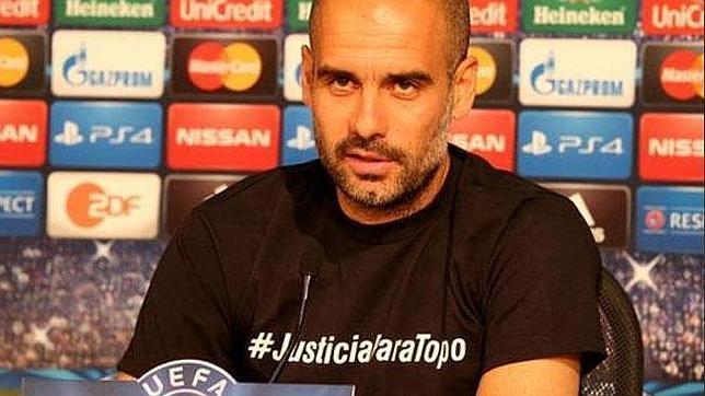Guardiola sorprende con su camiseta de #JusticiaparaTopo