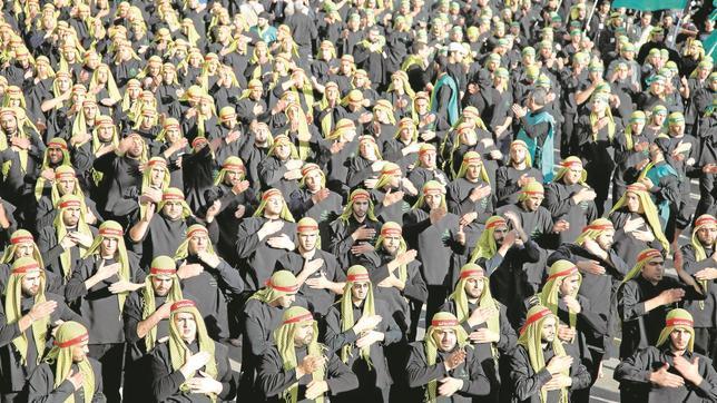 Marcha de simpatizantes de Hizbolá, en Beirut