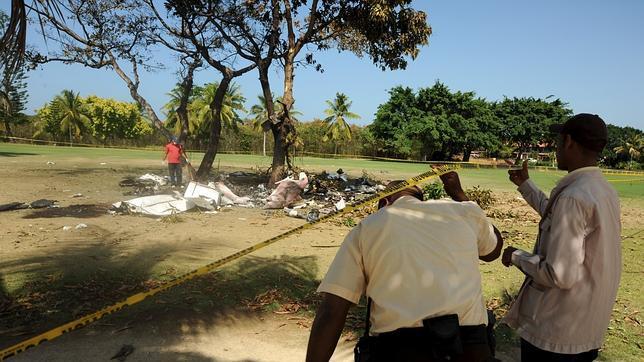 Matrimonio Accidente : Los españoles fallecidos en el accidente de punta cana son