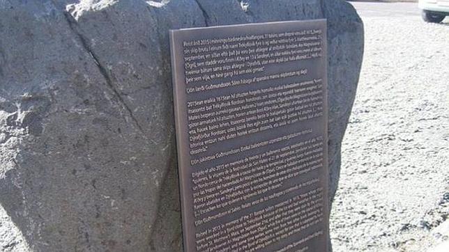 Memorial dedicado a los 32 balleneros vascos asesinados