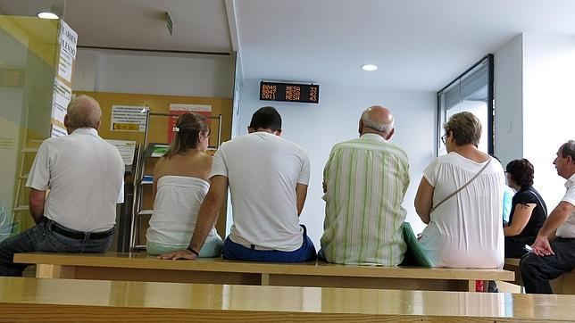 Canarias tiene ocupados menos que en 2008 pero 13 for Oficina empleo canarias
