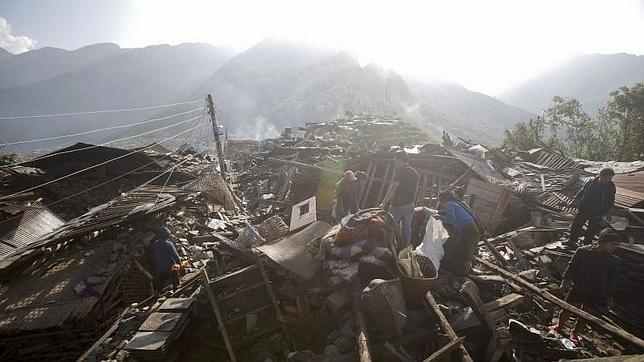 El Gobierno nepalí había asegurado que sería «prácticamente imposible» localizar a más supervivientes