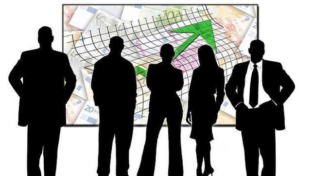 Los controllers se encargan de supervisar las decisiones de una empresa