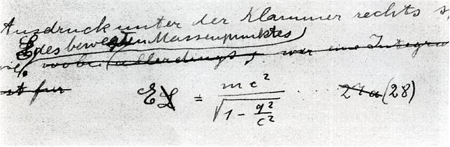 La famosa ecuación de Albert Einstein escrita por él en 1912