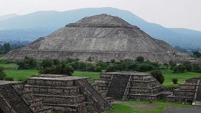 Descubren una extraña ciudad maya edificada bajo un estricto patrón estructural