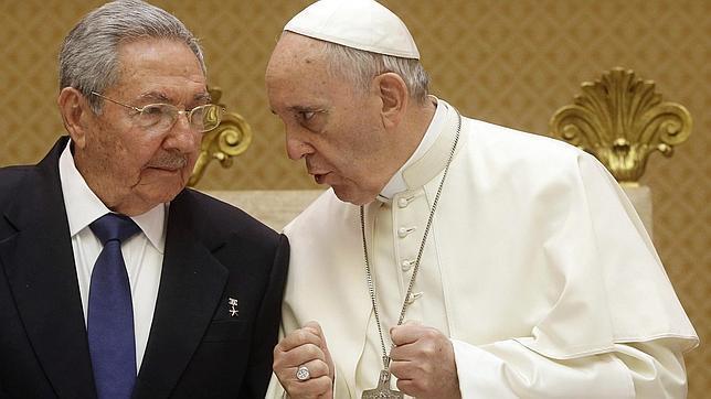 Raúl Castro, en el Vaticano, el pasado domingo