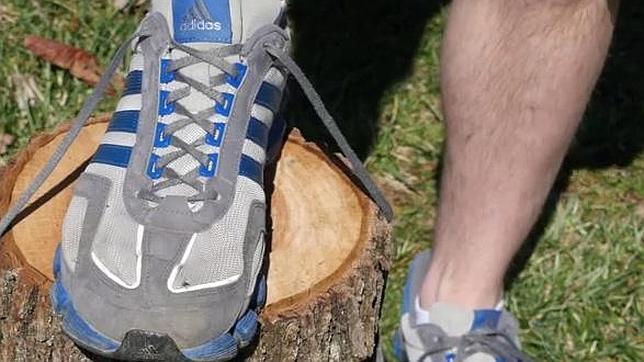 Cómo prevenir las ampollas en los pies sólo con el nudo de las zapatillas