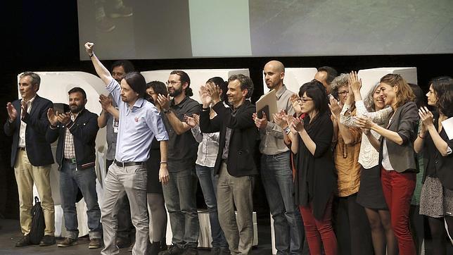 Las recetas de Podemos: más IRPF, nuevos impuestos y defensa de «lo público»