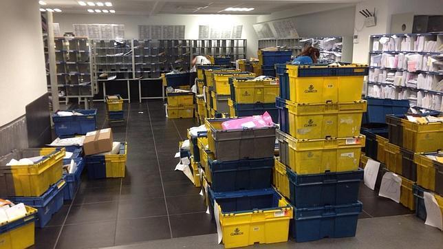 Dos meses sin correo en majadahonda for Oficina registro madrid