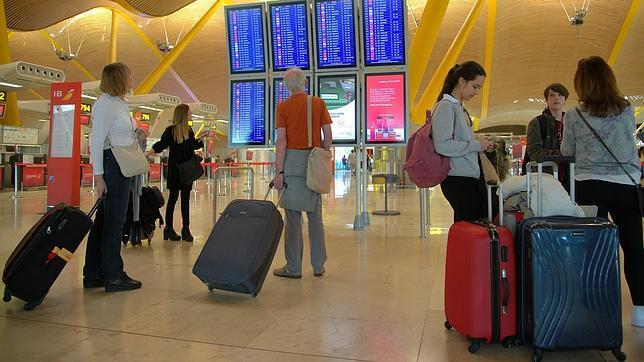 Aena ofrecerá WiFi gratis e ilimitado en todos los aeropuertos