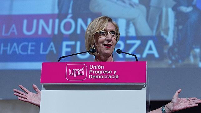 Rosa Díez, durante un mitin de UPyD en Valencia en 2014