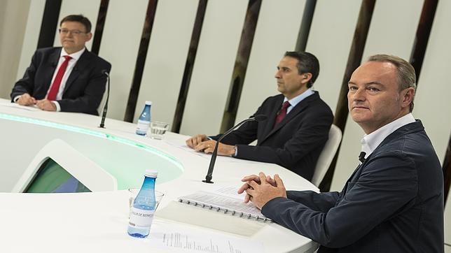 Imagen del debate entre Fabra y Puig en Mediterráneo Televisión